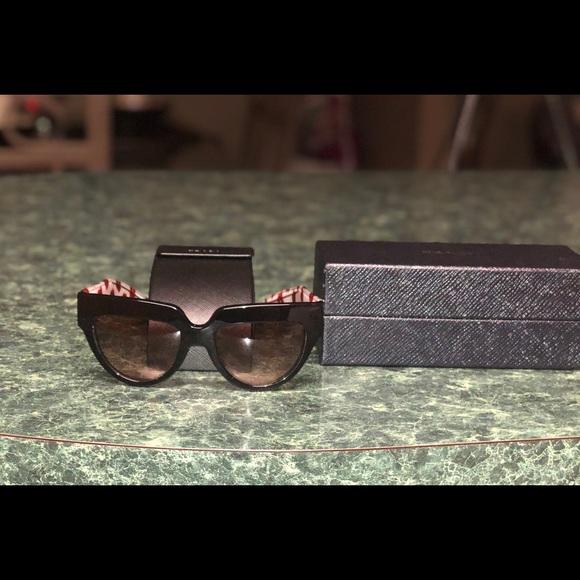 "52ad7605f976b ""Authentic"" Prada Cat Eye Sunglasses. M 5abd8a923afbbdc923bf1e95"
